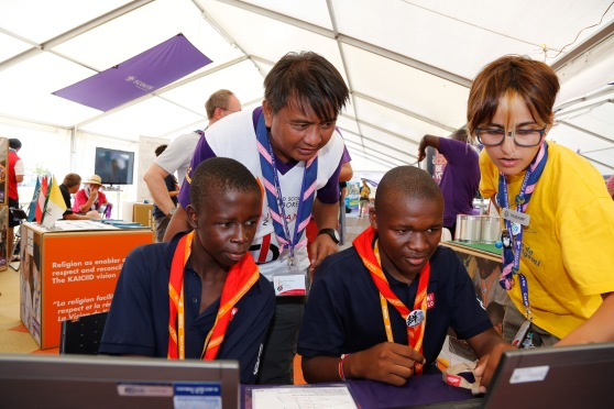 Scouts Take Part in JOTA/JOTI Activities, WOSM